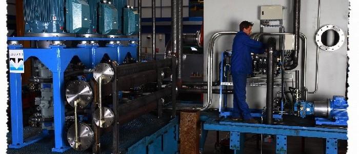 Centrale hydraulique pour une presse de forge. 750 Kw, 1830 l/minute, 250 bar